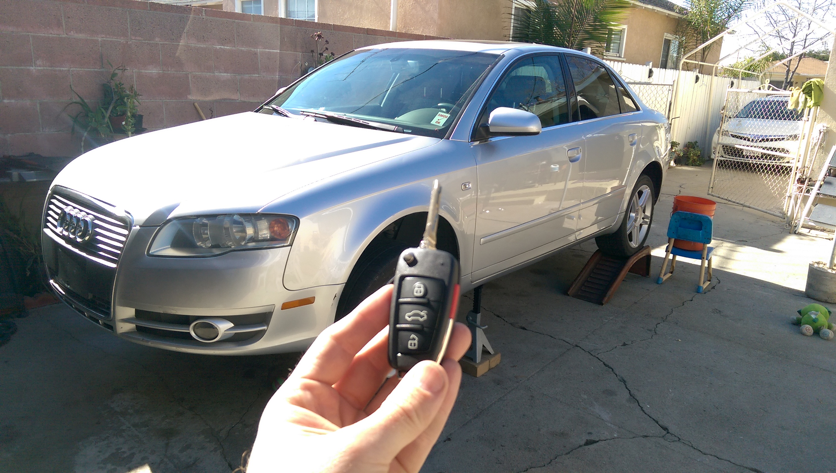Audi A4 remote key lock smith