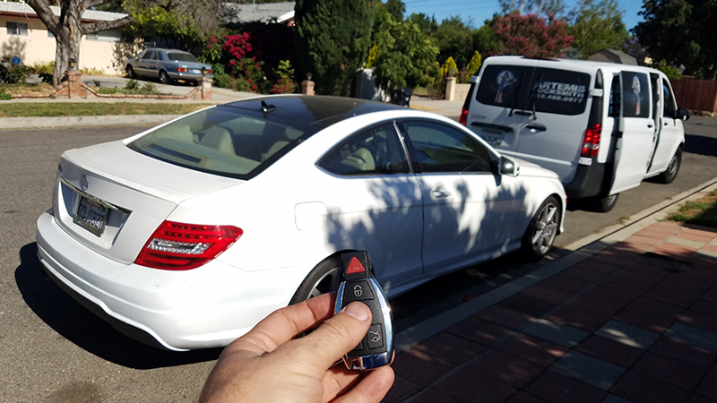 Mercedes benz replacement and duplicate car key for Mercedes benz service los angeles