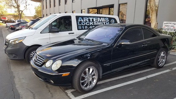 2002 Mercedes CL600 car locksmith los angeles