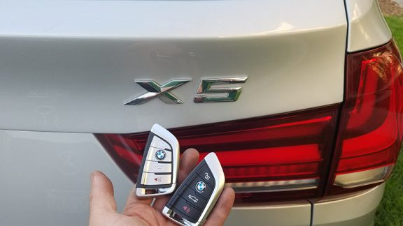 2016 BMW X5 locksmith woodland hills CA