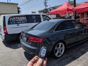 2009 Audi A4 smart key with Key with comfort access