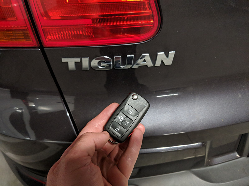 2016 VW Tiguan smart key LA Locksmith