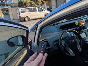 2013 Toyota Prius locksmith V smart keyprox key Hollywood CA