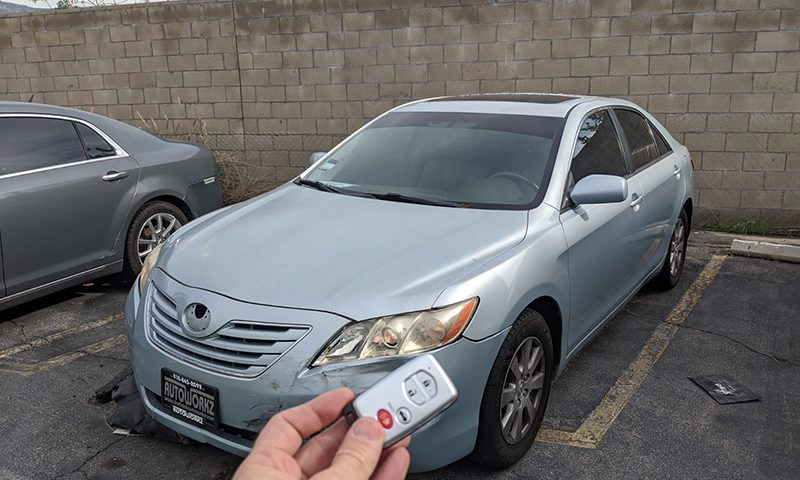 2007 Toyota Camry smart key Locksmith in Burbank, CA