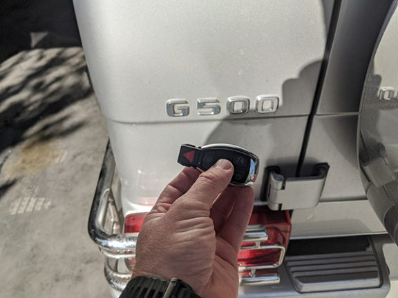 2002 Mercedes G500 Locksmith in Northridge CA